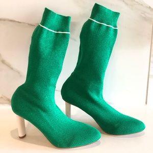 Cape Robbin sock booties